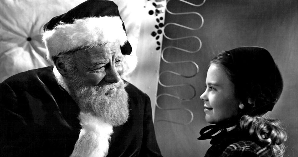 """Edmund Gwenn i Natalie Wood w filmie """"Cud na 34 ulicy"""" (reż. George Seaton, 1947)"""