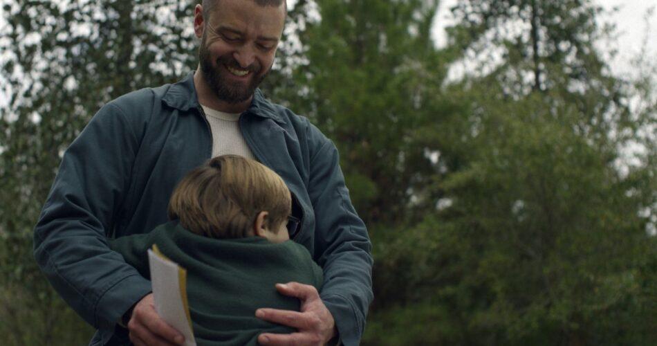 """Justin Timberlake i Ryder Allen w filmie """"Palmer"""" (reż. Fisher Stevens, 2021)"""