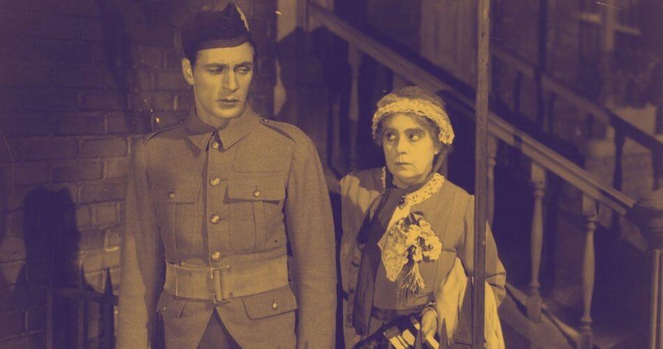 """Gary Cooper i Beryl Mercer w filmie """"Tygodniowa przepustka"""" (reż. Richard Wallace, 1930)"""