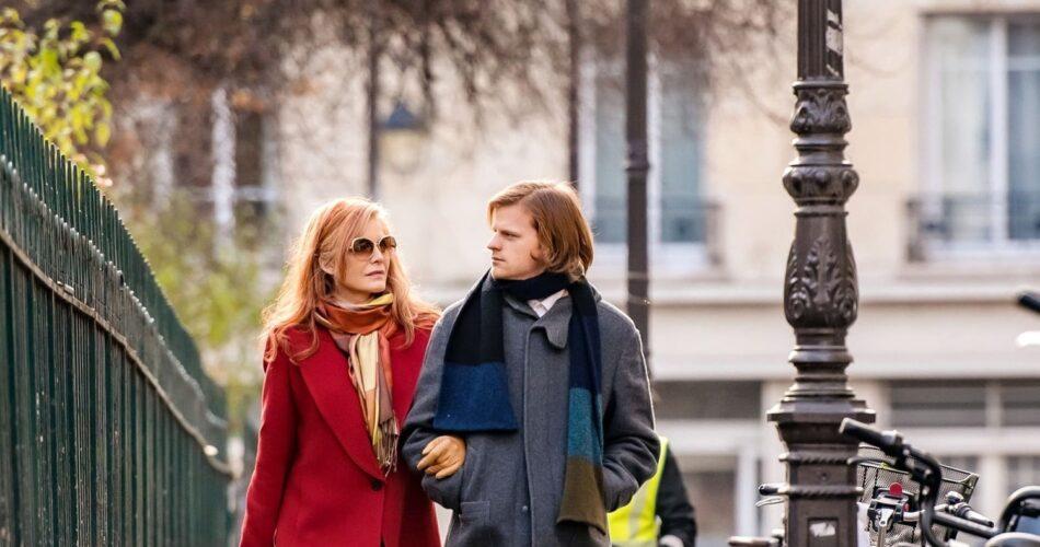"""Michelle Pfeiffer i Lucas Hedges w filmie """"Francuskie wyjście"""" (reż. Azazel Jacobs, 2020)"""