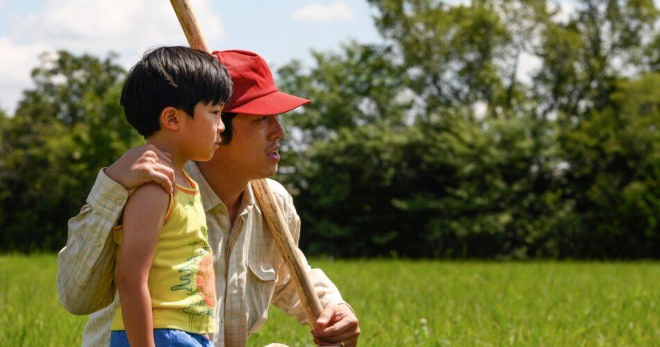 """Alan S. Kim i Steven Yeun w filmie """"Minari"""" (reż. Lee Isaac Chung, 2020)"""