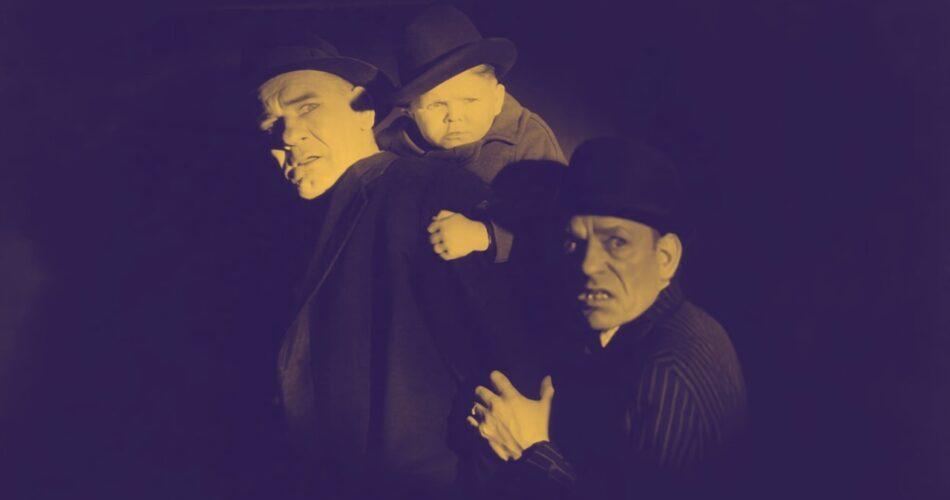 """Ivan Linow, Harry Earles i Lon Chaney w filmie """"Trójca nieświęta"""" (reż. Jack Conway, 1930)"""