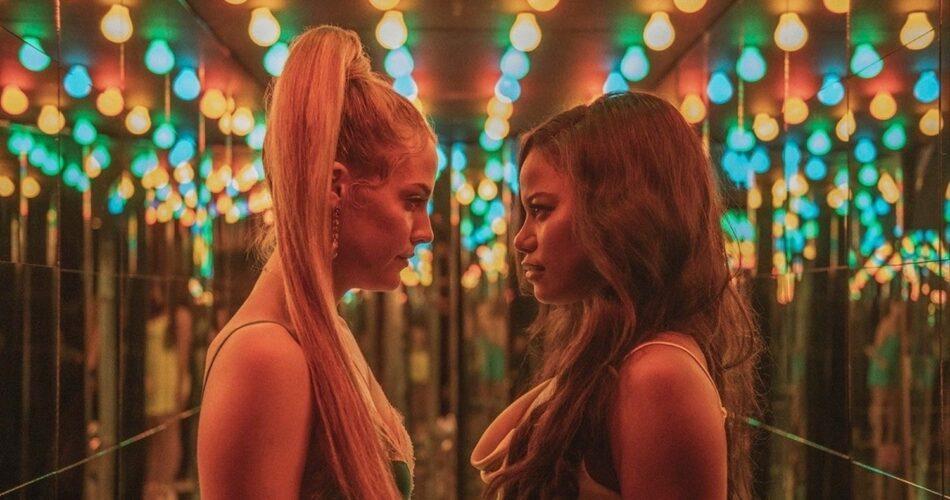 """Riley Keough i Taylour Paige w filmie """"Zola"""" (reż. Janicza Bravo, 2020)"""