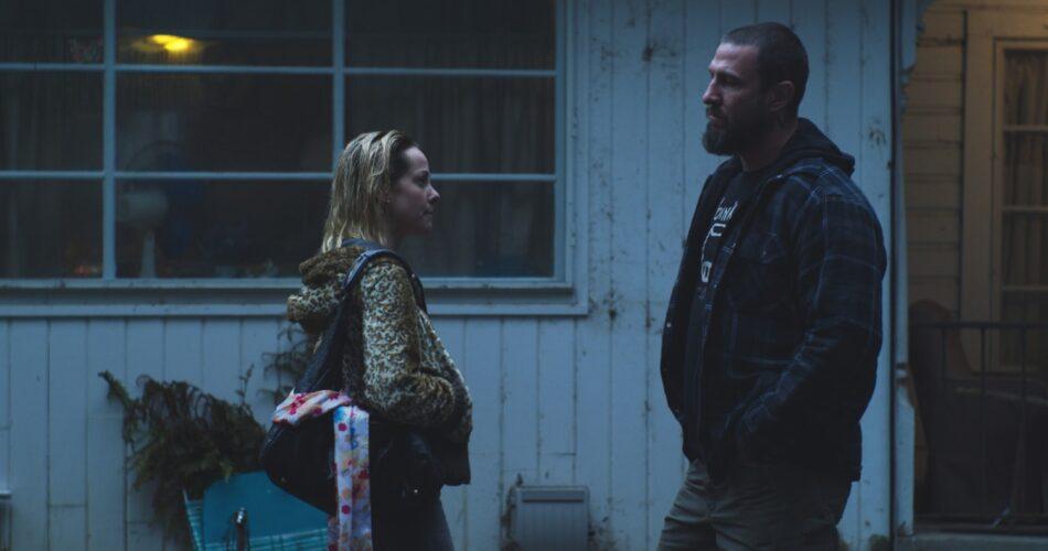 """Jena Malone i Pablo Schreiber w filmie """"Lorelei"""" (reż. Sabrina Doyle, 2021)"""
